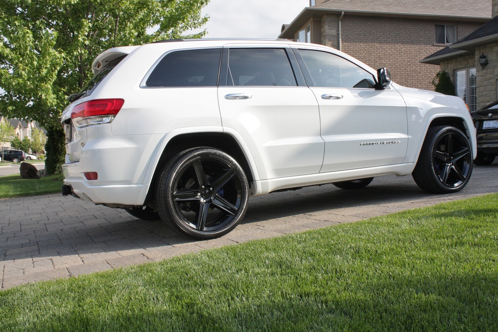 photo 2 Jeep Grand Cherokee custom wheels FR  22x10.0, ET , tire size 305/35 R22. x ET
